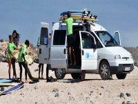 Excursion con furgoneta de surf