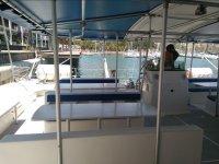 Posti coperti del catamarano