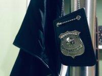 解决神秘的警察徽章
