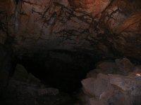 Adéntrate en las cuevas
