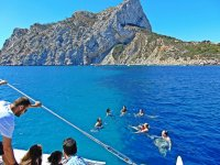 从船上游泳太阳海岸