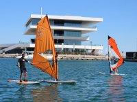 Windsurf frente a la Marina Real
