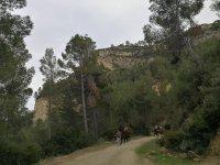 Guiando a los jovenes a caballo en Valencia