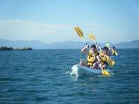 Recorriendo la costa de Altafulla en kayak