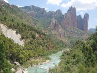 Rafting in the Kingdom of the Mallos