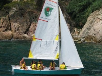 BlueSail Costa Brava Campamentos Multiaventura