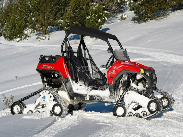 Sube a bordo de un snow buggy