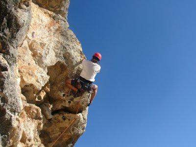 Battesimo di arrampicata e discesa in corda doppia Vilafranca del Penedès