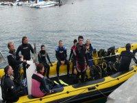 Plonger depuis un bateau