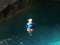 Salto desde Barranco en Jerte