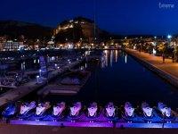 Motos de agua iluminadas