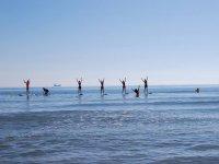 甘迪亚标志Paddlesurf燮Monitora从燮七名学生解释普拉提