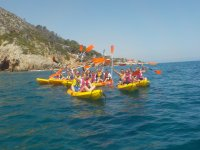 Excursion by kayak in groups