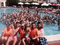 grupo en la piscina