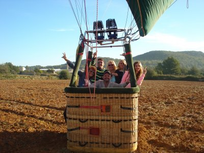 Volo in mongolfiera a Ibiza e colazione prezzo adulti