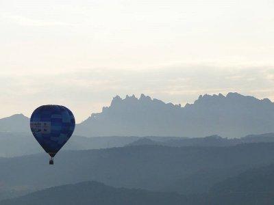 Vuelo en globo, exclusivo para parejas, en Ibiza