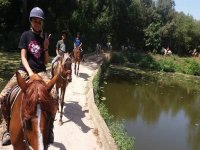 Paseando a caballo Esponellà
