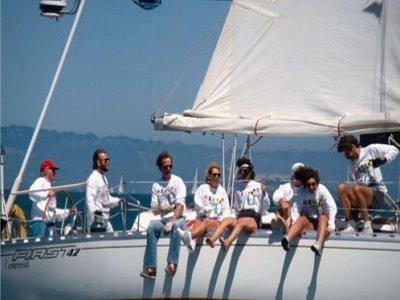 Estatxa Tripulaciones y Servicios Paseos en Barco