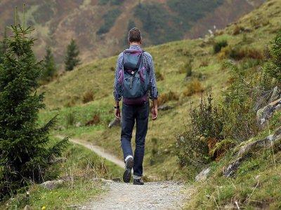 Iniziazione di nordic walking a Berga