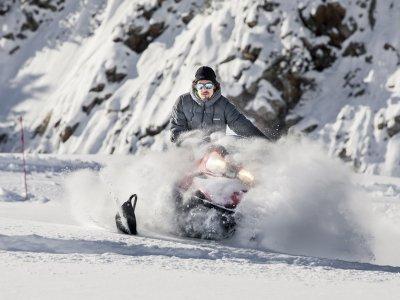 Moto de nieve individual en Cerler 30 minutos