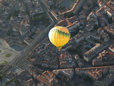 Hot Air Balloon+Brunch+DVD+Pics in Segovia
