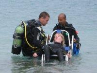 Inmersión de persona con discapacidad
