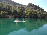 Learn how to practise stand up paddle surfing