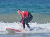 训练平衡在海滩