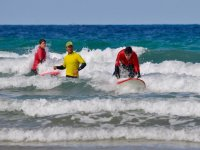 教练和他的学生在海上