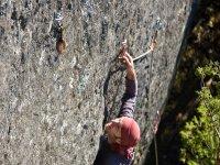 在巴塞罗那学习攀岩