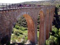 cruzando el viaducto