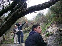 Tiro con arco en un entorno natural