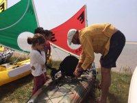 Preparing the kayak for sailing