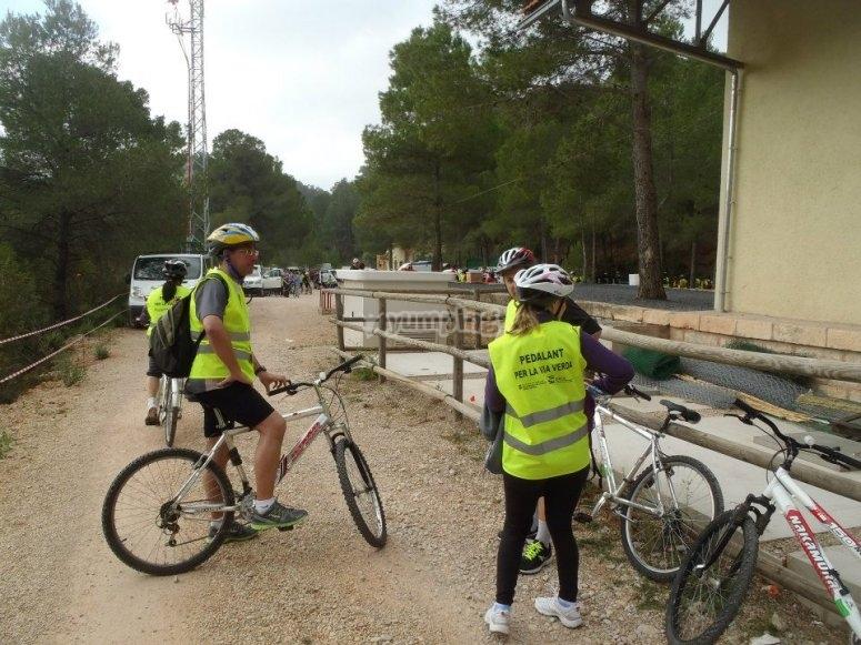Preparando las bicicletas