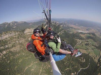 Volar con los campeones de parapente de Parapent Barcelona