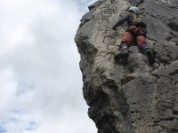 escalada via ferrata roca y agua