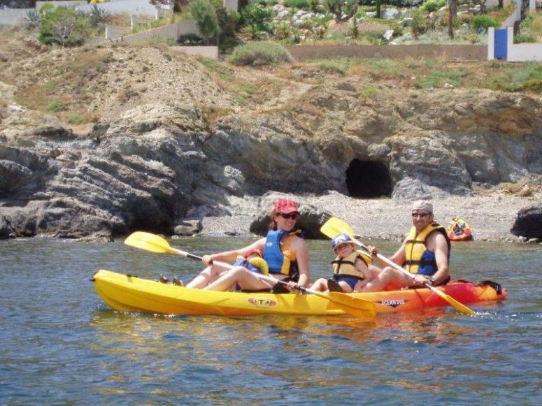 Paseo familiar en kayak