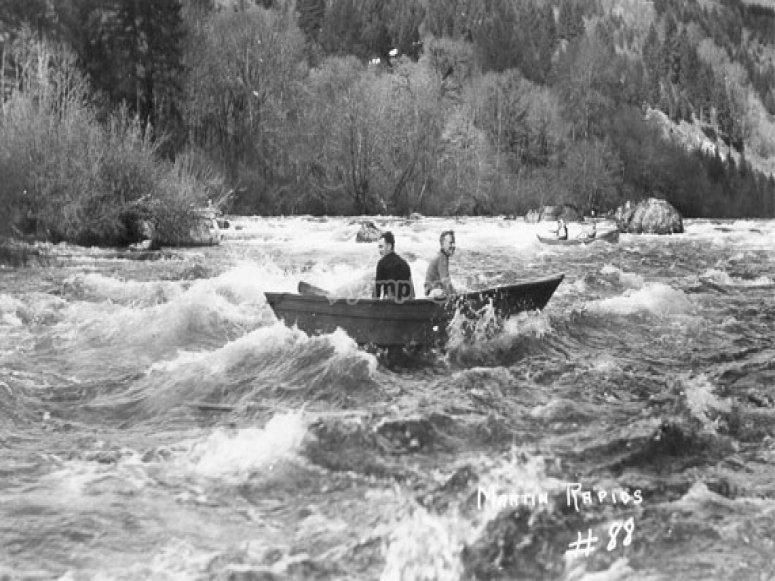 Historia de los deportes de aventura - Rafting