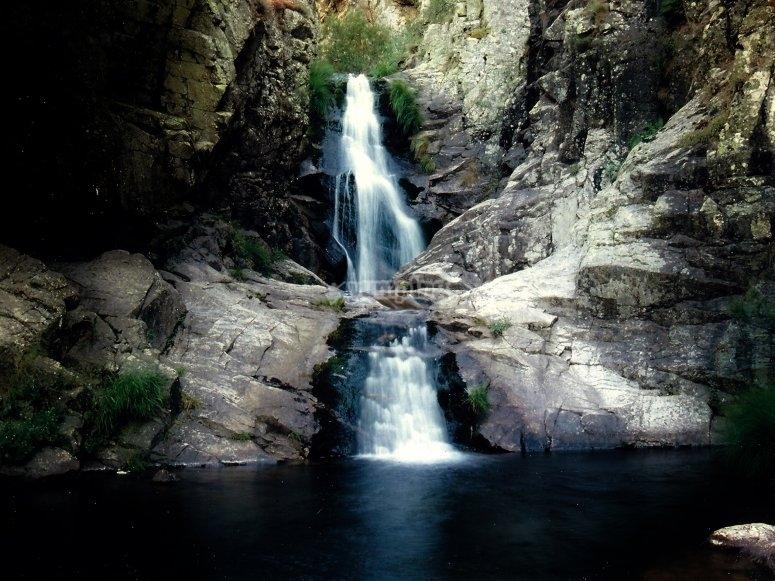 Las mejores rutas de senderismo en Madrid - Cascada del Purgatorio