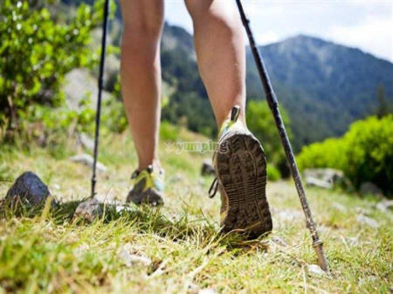 Guía rápida de primeros auxilios en la montaña trekking