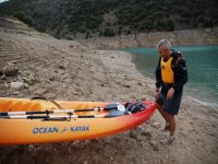 Recogiendo el kayak