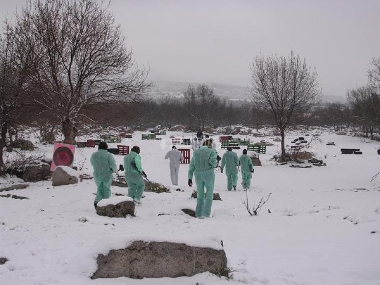 Paintball nella neve