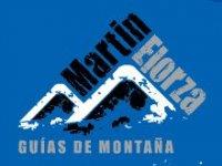 Martin Elorza guias de montaña Raquetas de Nieve