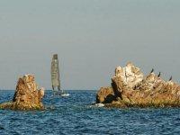Navegando junto a los islotes