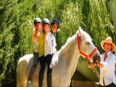 Escuela de Equitación Añézcar Campamentos de Inglés