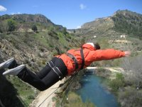 Sheltered bungee jumping