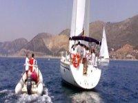 Navega por el Mediterráneo