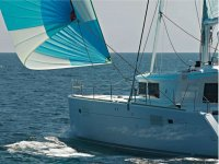 Navegar en un barco en Ibiza