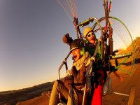 2014马德里标志滑翔伞飞翔,享受