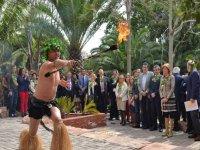 espectaculo con fuego en fuengirola zoo